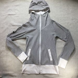 Bench black and white full zip hoodie size small